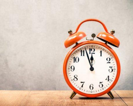 Analog vs. Digital Clocks
