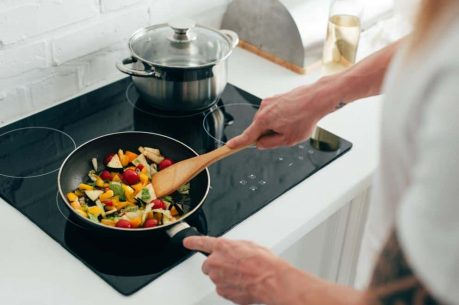 Cooking Pot Aluminum or Stainless Steel - pan frying
