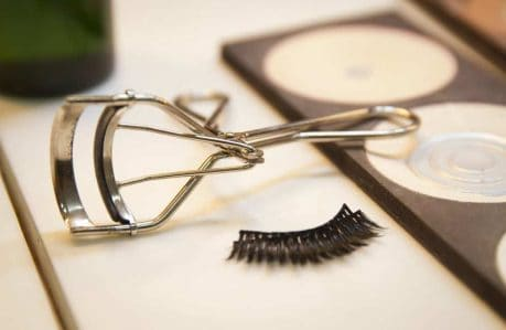 How to Maintain an Eyelash Curler - Keeps the pads in good condition