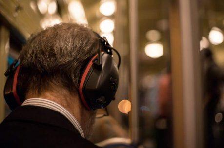 Noise Canceling vs. Noise Isolating - isolation