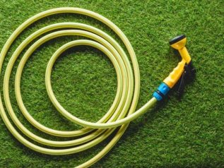 Other Features You Should Consider- Light garden hoses