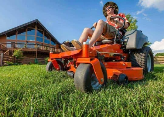What is a Zero Turn Lawnmower